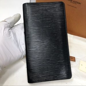 Louis Vuitton Bags - Louis Vuitton Black Epi leather Brazza Long wallet